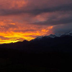 atardecer, vista de los Picos de Europa