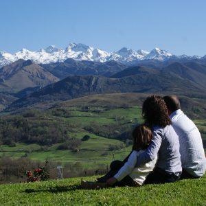 contemplando los Picos de Europa